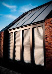rolety dachowe, rolety do ogrodów zimowych, rolety na dach, rolety ogród zimowy, rolety na szklany dach
